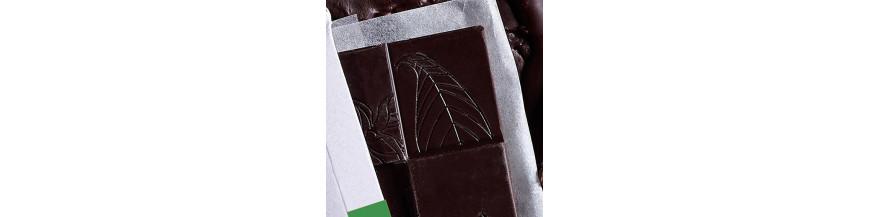 Tablettes de chocolat cru sans sucre ajouté
